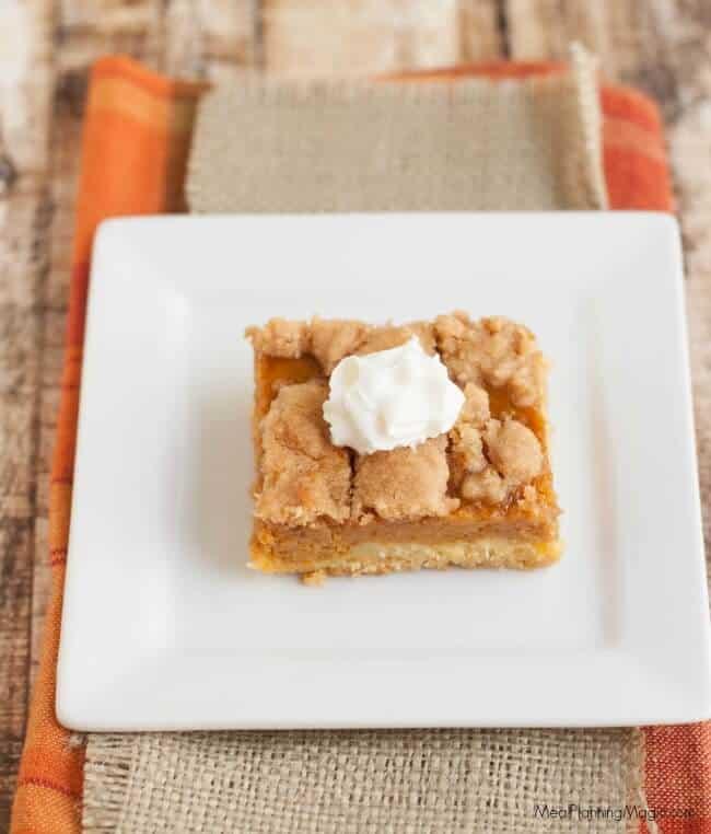 pumpkin-pie-dessert-top-view-resized