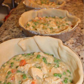 Homemade Freezable Chicken Pot Pie | mealplanningmagic.com | @mealplanmom