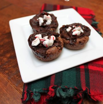 Peppermint fudge cups are a cross between a cookie and a brownie, with deep chocolate and refreshing peppermint flavors. A holiday cookie recipe perfect for adding to a cookie platter!