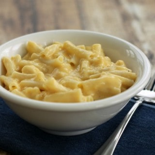 Homemade Stovetop Mac and Cheese - freezer friendly too! | Recipe at MealPlanningMagic.com
