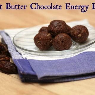 Peanut Butter Chocolate No Bake Energy Bites--made using Dates!   #EatA2ZRecipeChallenge #vegan   Meal Planning Magic