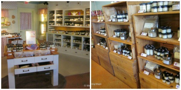 Spices and herbs everywhere at Penzey's! And there are little jars for each so you can smell the goodness.