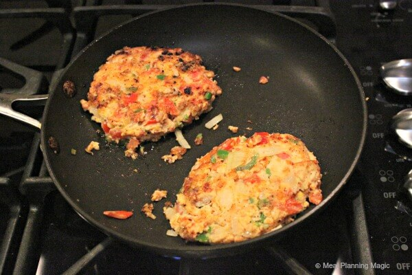 pan fried jalapeno salmon burgers