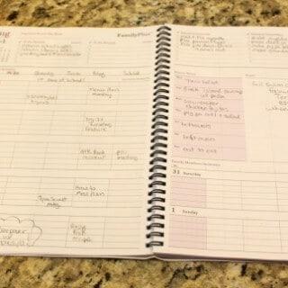 Tips to Choose a Shared Family Calendar to Get Organized!   MealPlanningMagic.com