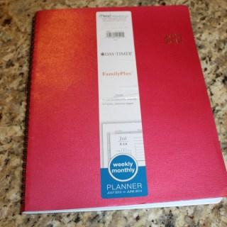Tips to Choose a Shared Family Calendar to Get Organized! | MealPlanningMagic.com