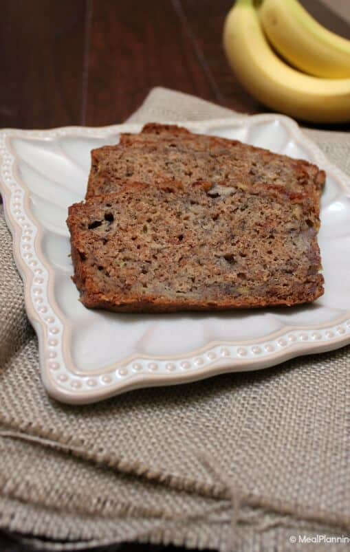 Whole Wheat Banana Bread - this recipe is a great way to use up over ripe bananas! | MealPlanningMagic.com
