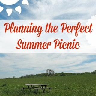 Planning the Perfect Summer Picnic PLUS Free Printable Checklist!