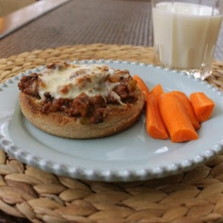 Easy Open-Faced Pizza Sloppy Joes (Make-ahead too!)