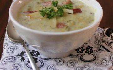 Crockpot Potato Soup with Kielbasa Sausage, Spinach and Gouda | Recipe on www.mealplanningmagic.com