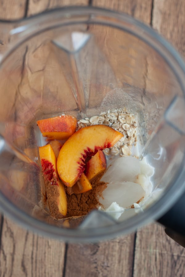 image of peach pie smoothie ingredients in blender