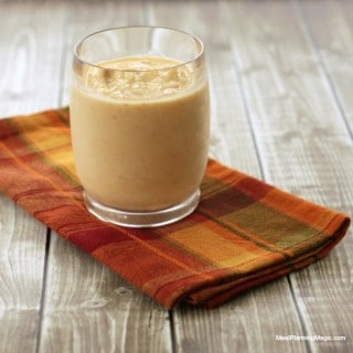 Peach Pie Smoothie Recipe | MealPlanningMagic.com