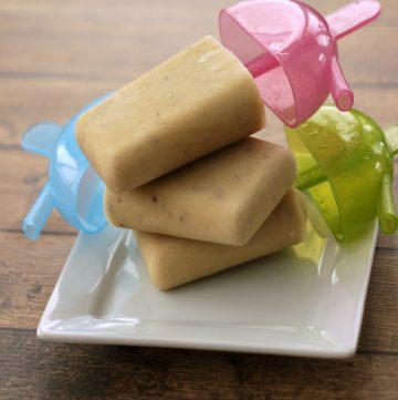 Apple Peanut Butter Cinnamon Popsicles - Just like the after school snack you used to have! | Recipe at MealPlanningMagic.com