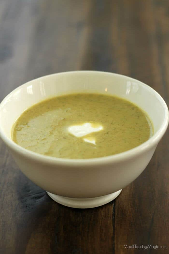 roasted-broccoli-soup-2
