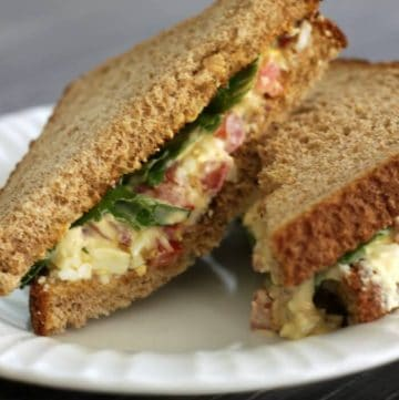 BLT Egg Salad Sandwich ~ A mashup of your favorite flavor combinations all in one sandwich! | Recipe at MealPlanningMagic.com