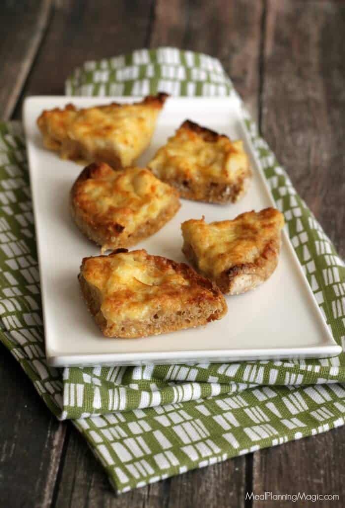 cheesy-crabmeat-canapes-1
