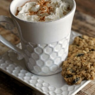 Copycat Warm Oatmeal Cookie Hot Cocoa