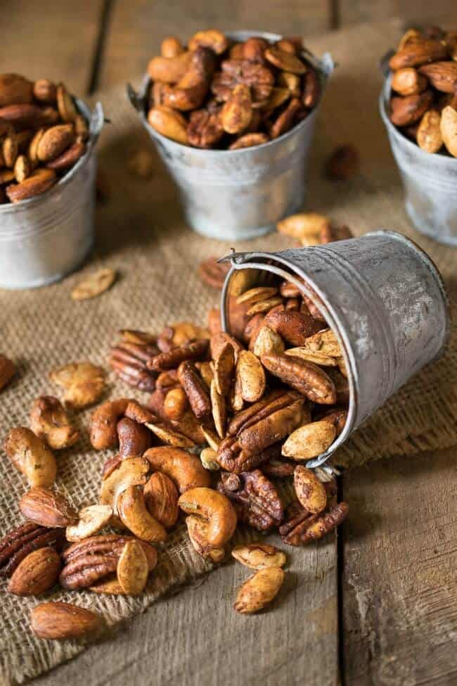 Roadtrip-Snacks-Autumn-spiced-nuts-resized