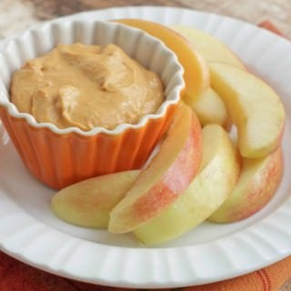 5 Ingredient Creamy Pumpkin Dip