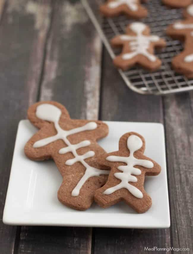 skeleton-chocolate-sugar-cookies-2-resized