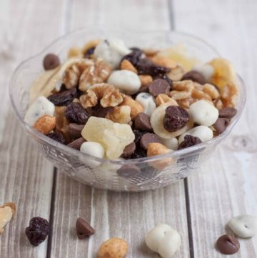 Banana Split Trail Mix is full of protein and nutrient rich nuts and dried fruit like banana chips, pineapple, cherries and just a touch of chocolate for a healthier treat on the go!