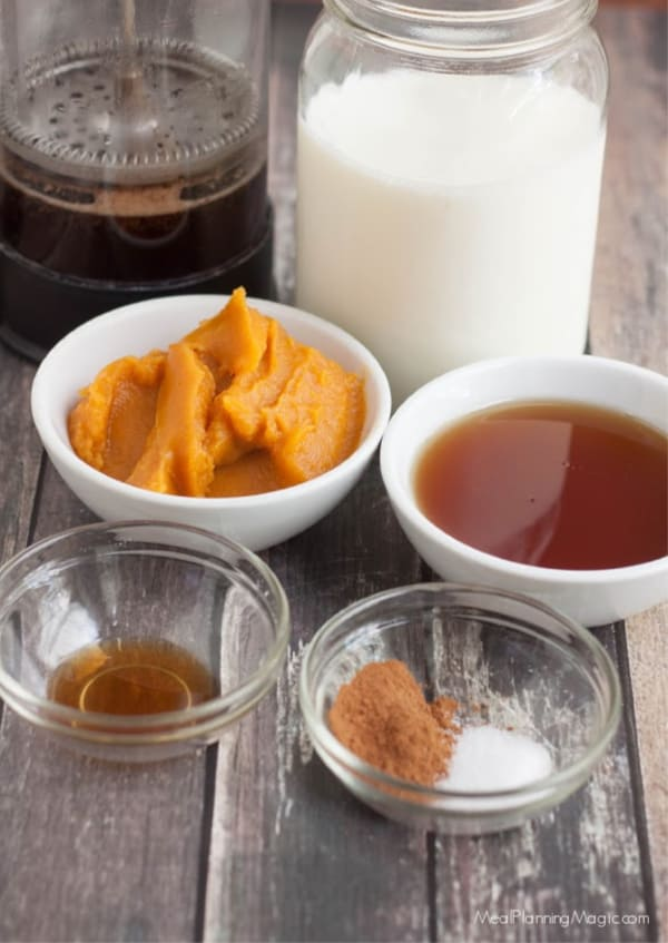 picture of ingredients for all natural pumpkin spice latte coffee creamer